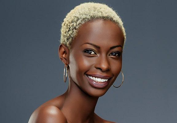رنگ موی مناسب برای پوست تیره